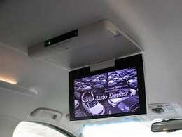 人気装備のリアエンターシステムを装着!新車時のディーラーオプション装備となり大画面モニターとなります