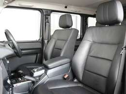 専用のオペレーターが対応、万が一の故障の修理(一般保証)からドライブ中の走行不能時において緊急の応急処置、お車のレッカーサービス、お客様の移動手段等の手配のサポートを一定の条件にて無料サポート致します