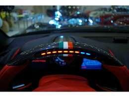 カーボンファイバーリアベンチトリム・カーボンファイバーアッパーセンターコンソールトリム・カーボンファイバーダッシュインサート・カーボンファイバーフロントスポイラー