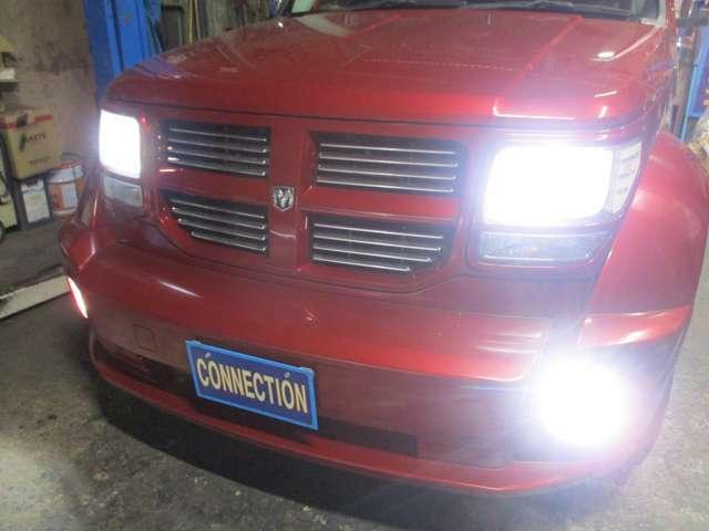 ヘッドライト&フォグランプ共に社外新品LED付けました!!夜のドライブも明るいです☆