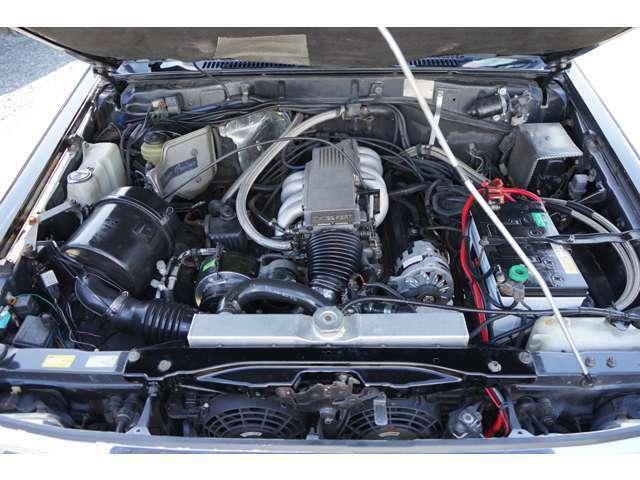 人気の78プラド入庫しました!このお車、なんと!コルベットV8 5.7Lエンジン移植してます!エンジンサウンドはアメ車!!!カスタム多数!!!すごくかっこいいので見に来てください!