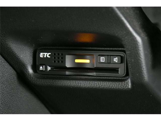 必須アイテム【ETC】ももちろん装備済!最近はETC専用のスマートインターもあるぐらいETCが主流になってきて必須アイテムの1つです◎