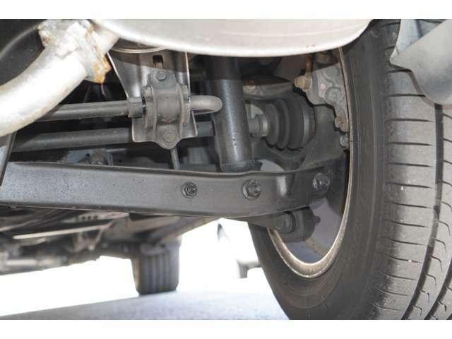 Bプラン画像:下廻りの状態も錆びが少なく状態の良い車両だと思います♪