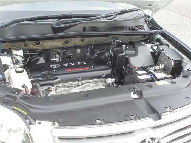 【トヨタの高品質クルマ洗浄】 エンジンルームからシートまで、まるごとクリーニング 嫌な臭いや汚れもお掃除させていただきます。