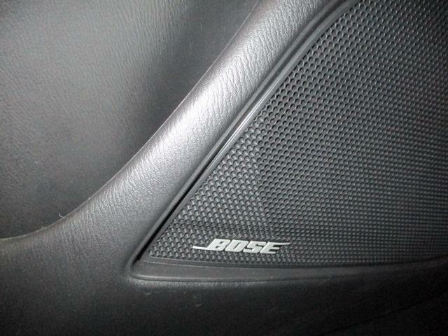 BOSEサウンドシステムを搭載しています。BOSE社と共同開発により車種専用チューニングが施されています。良質なサウンドでお好きな音楽をどうぞ。