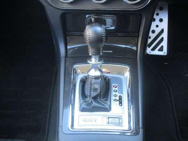 オートマ限定免許でも運転可能な ツインクラッチSSTミッション MTモード付
