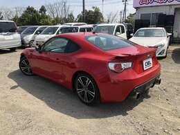 シエルオートワークスでは今お乗りの車を高価買取します。他店では買い取りできない車でもシエルは買取させていただきます。