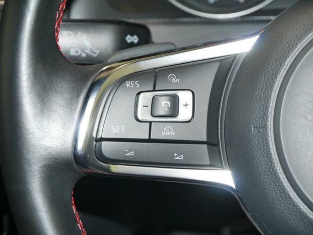 アダプティブクルーズコントロール。全速度追従機能付ですので、高速道路などで前方車両に追従して走行してくれます。