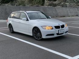 BMW 3シリーズツーリング 320i 純正ナビ 革シート シートヒーター
