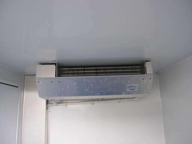 冷凍機もテスト済マイナス5度まで冷え確認済