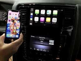20年モデルから搭載のアップルカープレイ&アンドロイドオート機能が搭載されております。