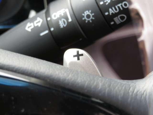 パドルシフト機能☆MT感覚でシフトチェンジが楽しめます♪マニュアル車が少なくなってきた現在に面白さを取り入れた装備です。操作のし易さにも定評があります。