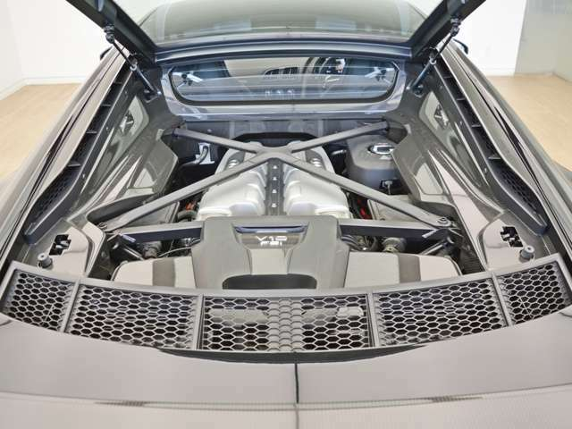 ディーラーオプションのガラスコーティング、シートコーティングでお客様のお車をサポートさせて頂きます!