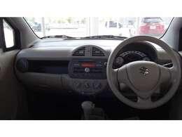 運転席も広々していて乗り心地が良い!視界が広く車両感覚もつかみやすいので狭い道などの運転も安心です。