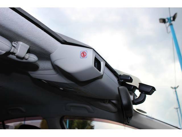 HIDライトでナイトドライブでも視界良好です♪人気アイテムのLEDアクセサリーライナーも装備☆