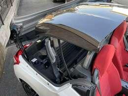 当店在庫車はすべて電動オープンが正常に動作するお車のみを展示しております。またルーフポンプのメンテナンス等も可能です。