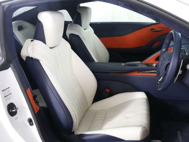 カーライフがより充実し快適になるように、お客様のライフスタイルに合うレクサス車のご提案をさせていただきます。