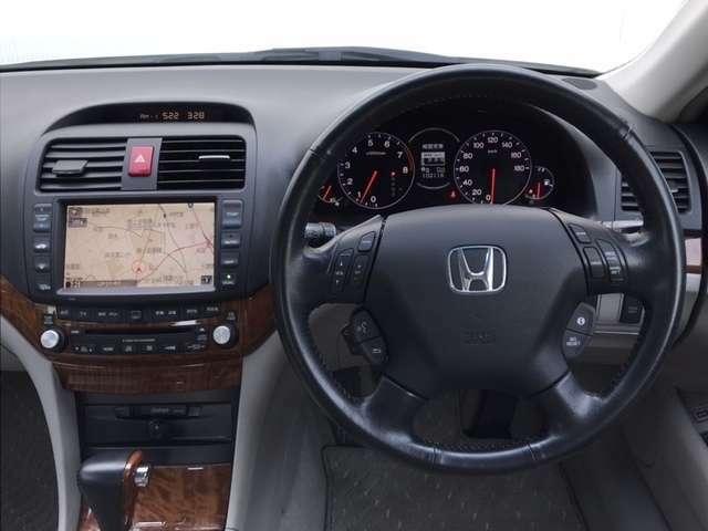運転しやすいインパネ周りです!見やすいレイアウトで快適なドライブをサポートします!