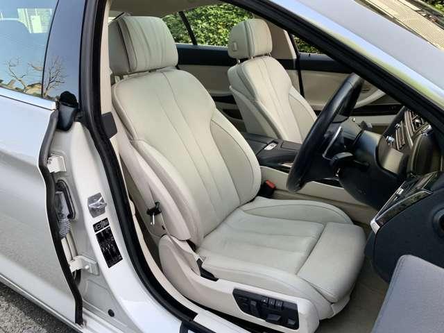 フロント電動シートにはベンチレーションとヒーター機能を備え、季節を問わず快適にドライブすることができます。