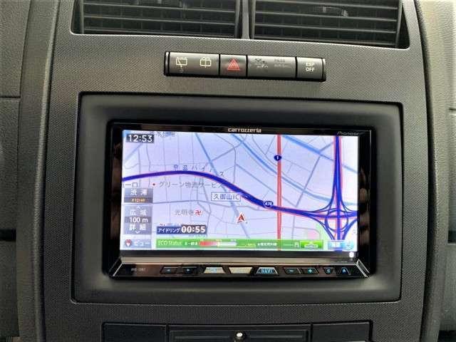 HDDナビも入っており、フルセグTV、Bluetoothも接続可能です。