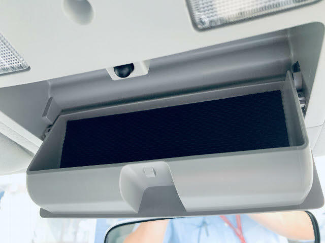 後部座席に乗せる方のための装備は必要ですか?天井モニター(フリップダウン)などがついたお車もあります!もちろん後付けも可能です!