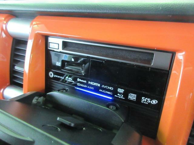 CD/DVD/Bluetoothなど多機能です。