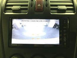 【バックカメラ】後方の視界が良く見え、運転に自信がない方もサポート!