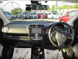 最近ではドライブレコーダーを付ける方が増えています!あなたも是非!