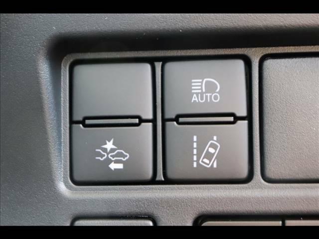 安全装備のトヨタセーフティセンスを装備★
