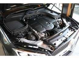 直列4気筒2.0Lディーゼルターボ付きエンジンは9速AT+4WDとの組合せで悪路から高速走行まで快適な走りが楽しめます♪