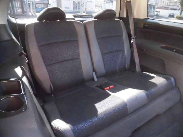 サードシート収納可能