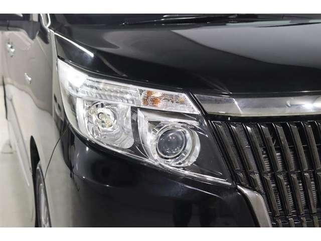 LEDヘッドライト付!!LEDヘッドライトはとっても明るく美しい!そして省電力でエコにも!夜のドライブがより楽しく安全に。