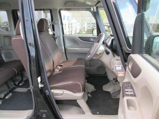 お車が気になる方は、お気軽にスーパーオークション小針店までお問い合わせ下さい。フリーダイヤル:0078-6002-383042