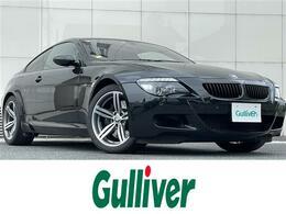 BMW M6 5.0 V10 507ps カーボンルーフ 赤本革シート