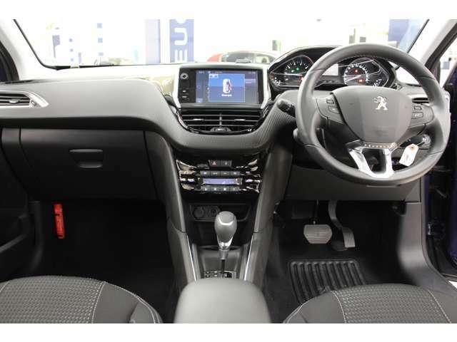 認定中古車保証付帯ですので、全国の正規ディーラーにてご入庫可能です。