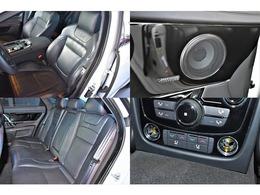 シートはブラックレザーを選択。F/Rにシートヒーター/エアコンが装備され、リアシートには独立型エアコンが装備されております。サウンドには、MERIDIANスピーカーは装備。
