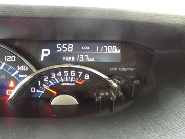 走行距離11000キロ台のお車です。