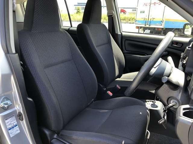 きれいなシートで快適にお乗りいただけます。