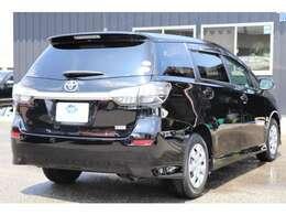 CVTの改良により、1.8L・2WD車で16.0km/L(カタログ値)の低燃費を実現。