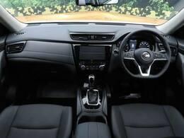 運転席からの視界も良く、女性の方も運転がしやすいと思いますよ☆