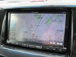 パイオニア地デジ付きメモリーナビ搭載。ナビがあると長距離ドライブにもとっても便利ですね。地図更新が可能な機能もございますのでお気軽にスタッフまでお問い合わせください。