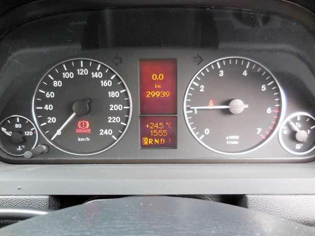 走行3万キロ!外車では走行距離が、状態の目安になりますよね。
