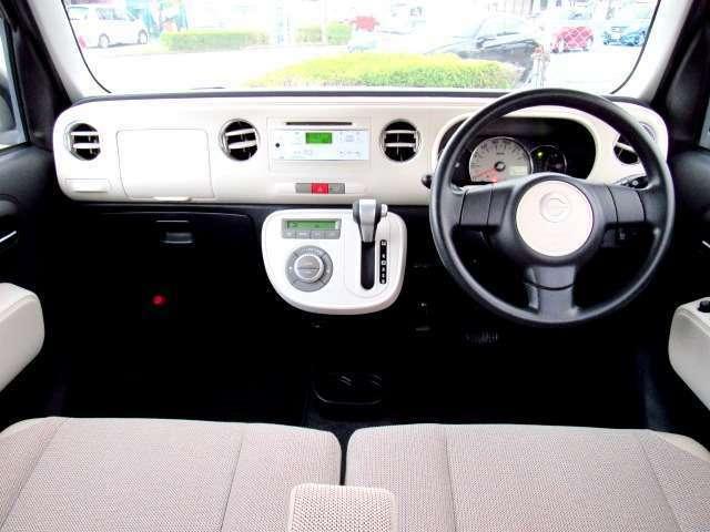 視界も広く、回りも見やすい運転にストレスを感じにくいお車だと思います。