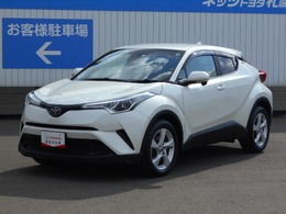 トヨタ C-HR 1.2 S-T 4WD メモリーナビ付