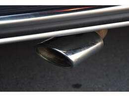Mercedes-AMG G63純正マフラー装備