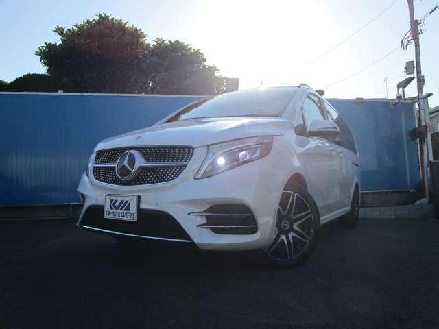 メルセデスベンツ V220d アバンギャルドロングのオプションカラー、ロッククリスタルホワイトを入荷いたしました♪