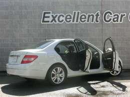 紹介キャンペーン実施中!ご家族。お友達・お知り合いでお車を探している方をご紹介下さい!ご紹介頂きました方が成約の場合、紹介者様に豪華プレゼント!詳細はスタッフまで!!☆047-306-7272☆
