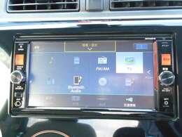 DVDビデオやBluetoothオーディオ対応で、好きな音楽を聴きながらドライブできます。