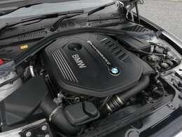 3000cc直列6気筒BMWツインパワーターボガソリンエンジン搭載モデルです!340馬力(カタログ値)を発生致します!BMWの駆け抜ける喜びを存分にご堪能下さい!