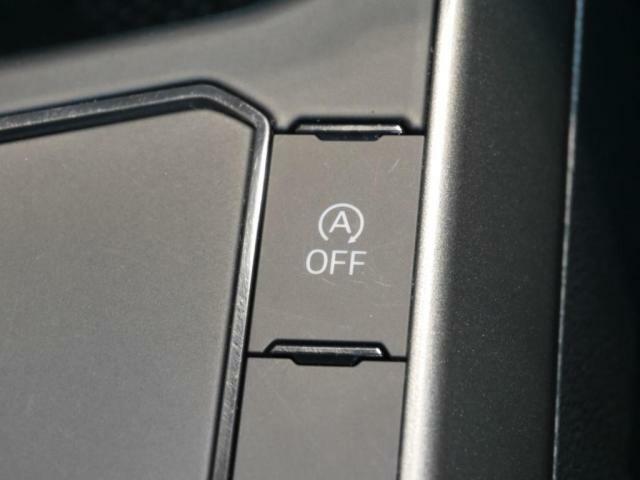 アイドリングストップ機能が燃費に貢献します。(アイドリングストップ機能は、ボタンで簡単にoffにできます。)
